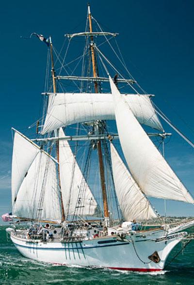 HUNTER---Epic-Sailing-Journeys--Circumnavigate-the-Globe